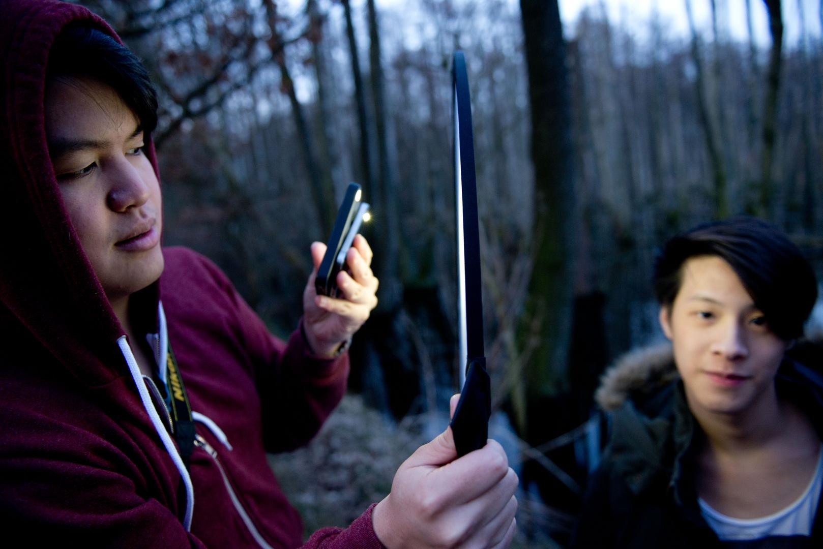 IPhone- Lightstand 3000!
