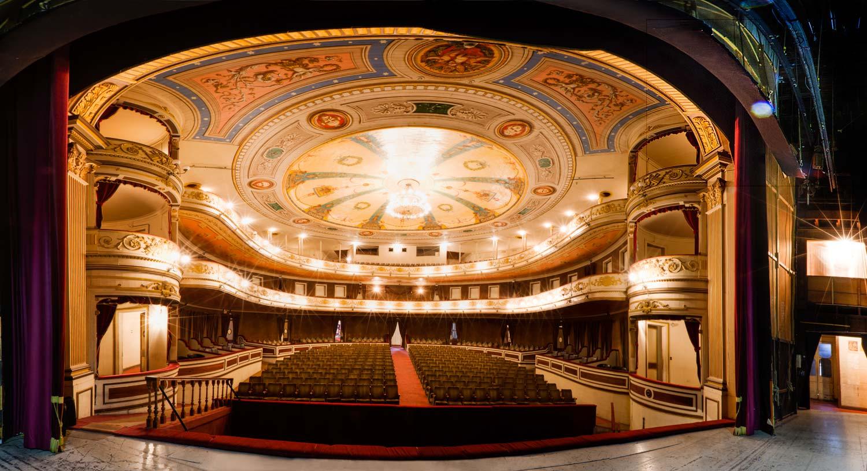 Iquique Municipal Theater