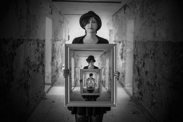 Irina and the Mirror IV