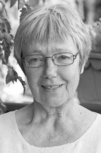 Iris Linder
