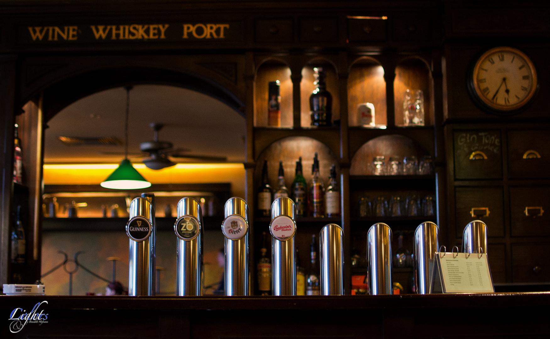 Irish Pup Bar