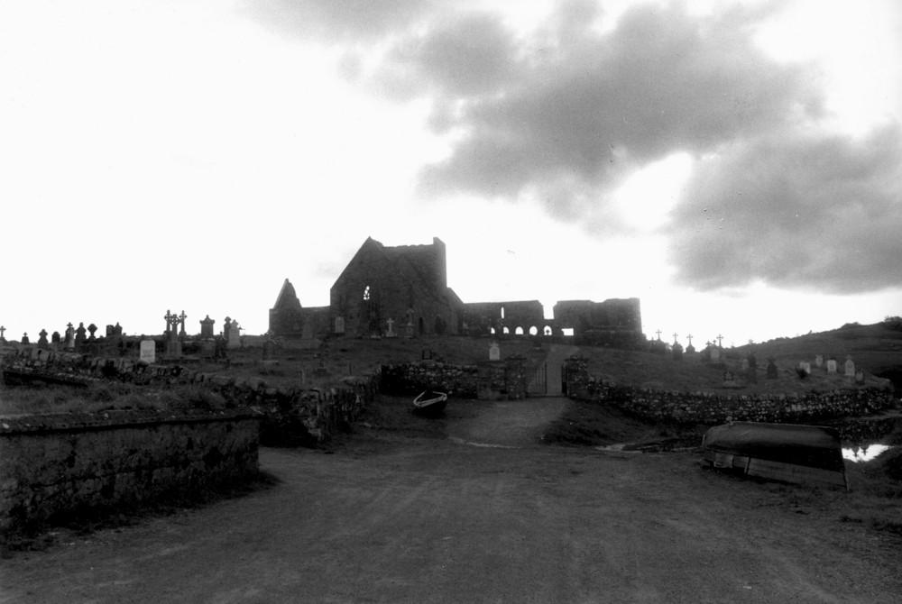 irlande 86 ambiance ruine et croix