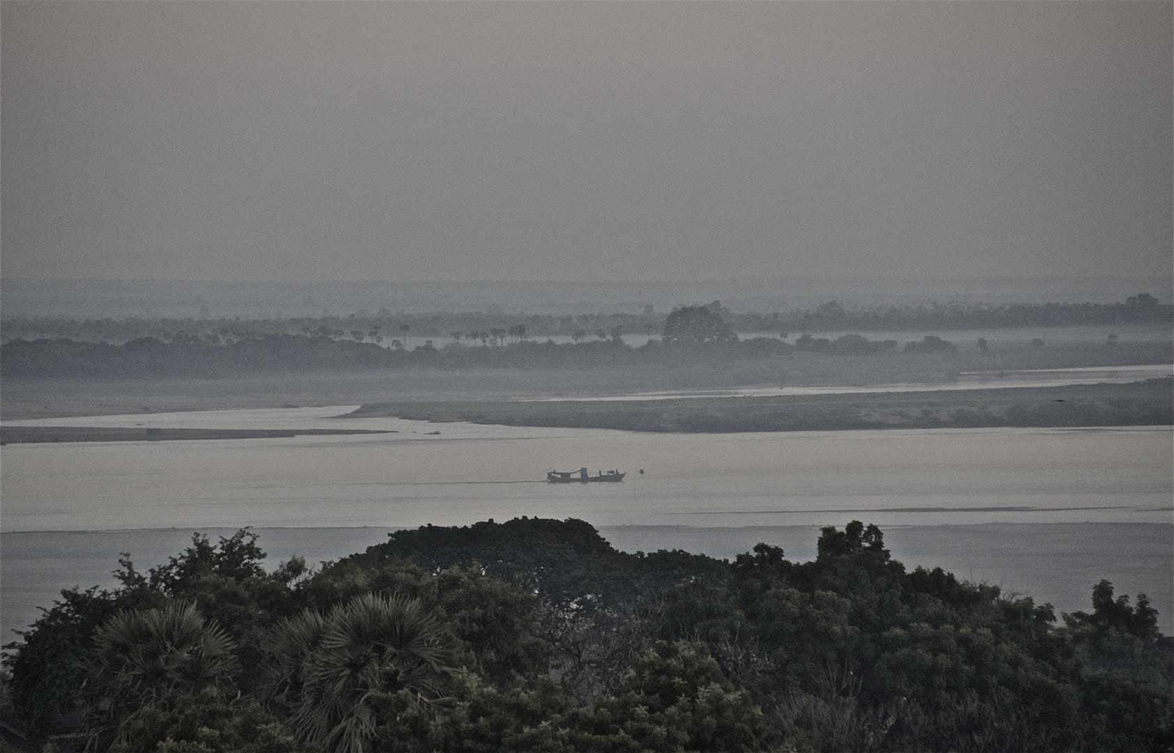 irrawaddy bei bagan