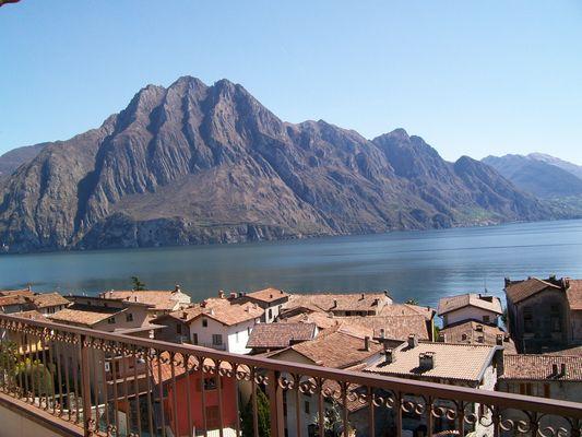 Iseo Lake, Riva di Solto
