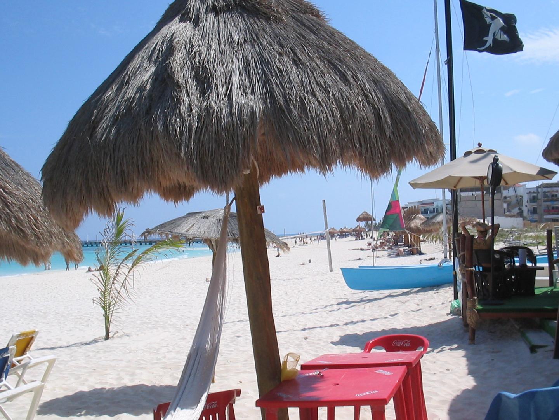 Isla Mujeres Beach 1