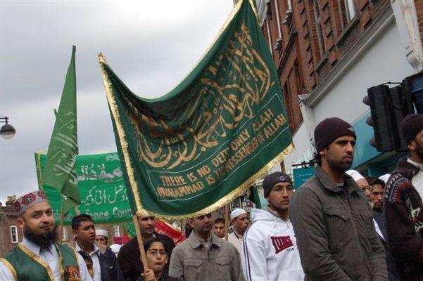 Islamische Prozession zum Geburtstag von Mohamed - High Wycombe - 4