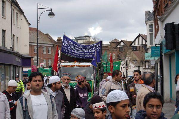 Islamische Prozession zum Geburtstag von Mohamed - High Wycombe