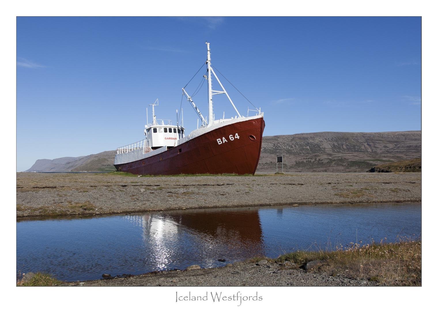 Island - BA64 das älteste Stahlschiff in Island
