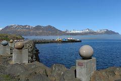 Island Djupivogur Skulptur Eier