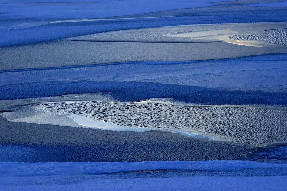 Island im Winter – Berufsleidenschaft am Myvaten See: