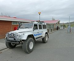Island - Land Rover -