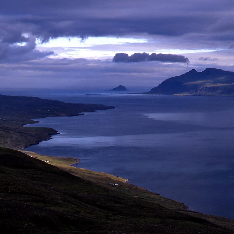ISLAND- Reydarfjördur