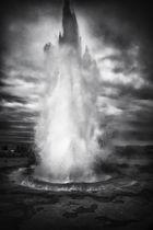ISLAND - Strokkur