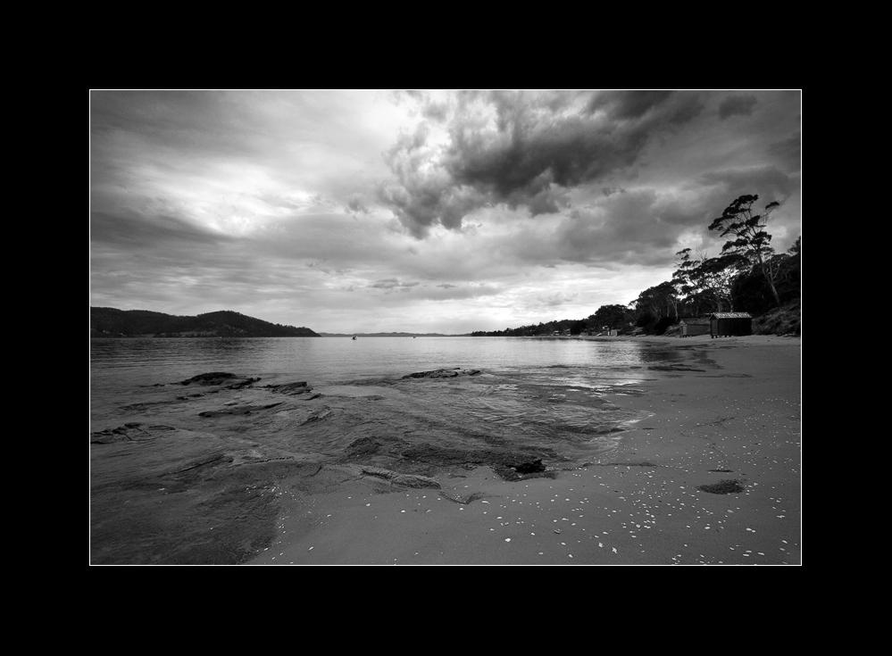 Island (vi) | mono |