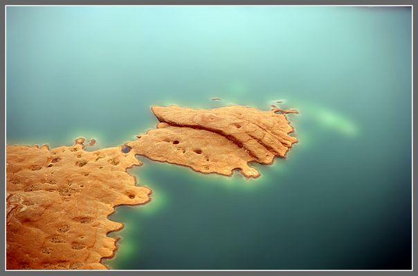 <<< islands >>>