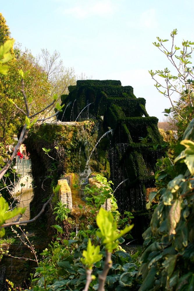 Isle sur Sorgue, Moulin d'eau ..