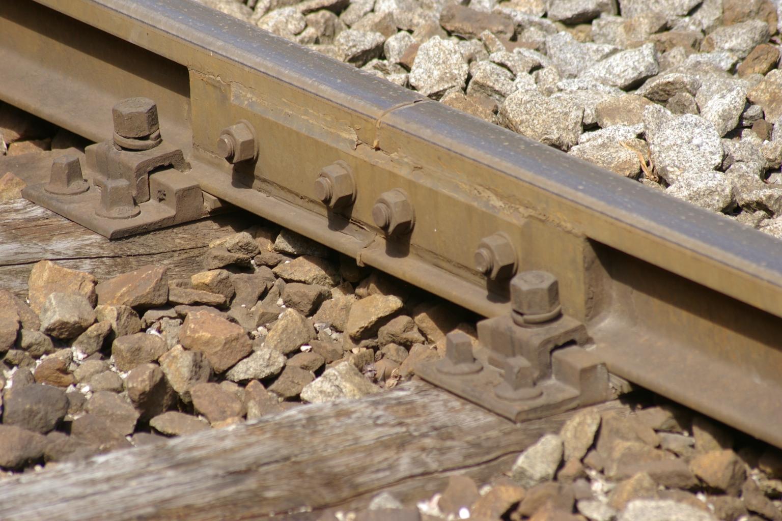Isolierter Schienenstoß