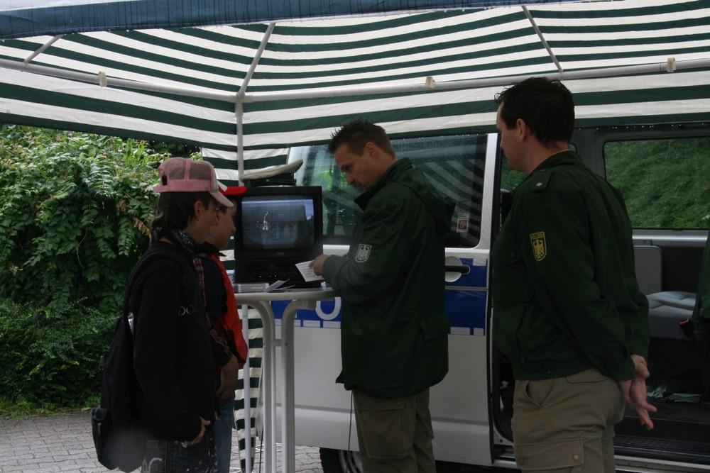Ispringen 2007 - Bundespolizei Infostand