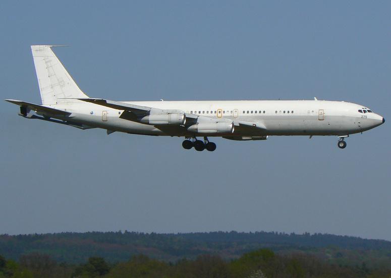 Israel. 707-300