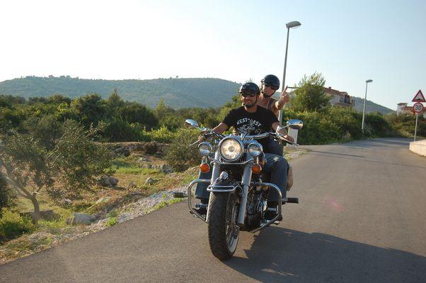 Ist so ein Biker-Leben nicht schön?!