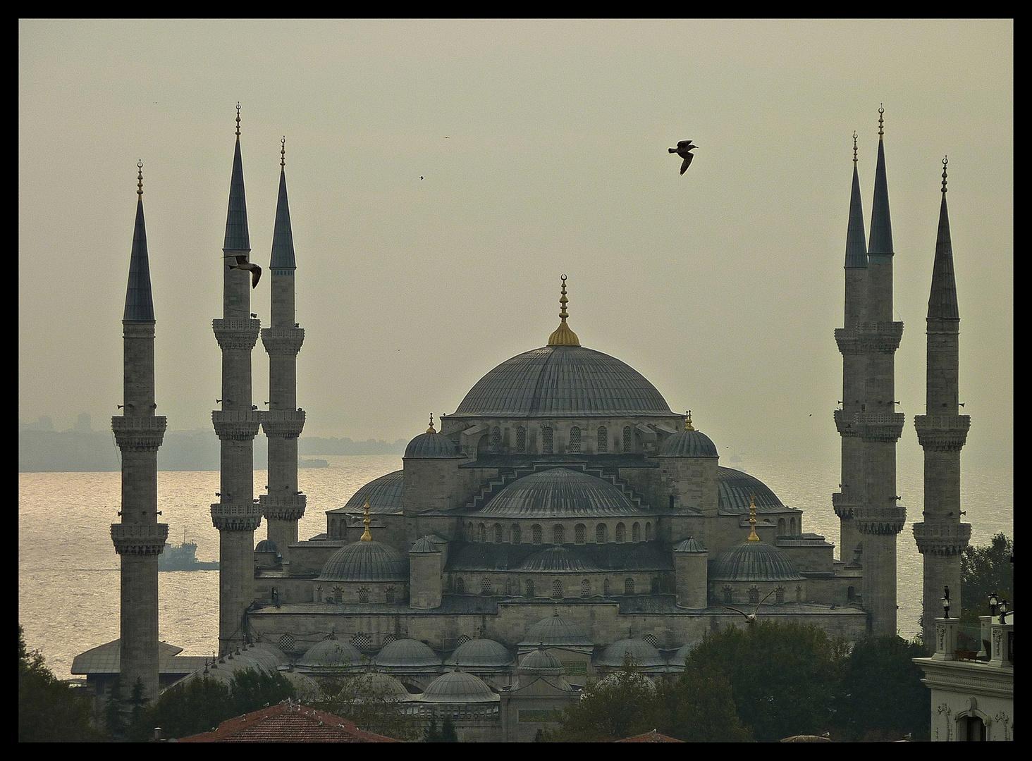 * ISTAMBUL *
