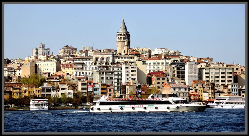 ISTANBUL von Ümit Tunakan