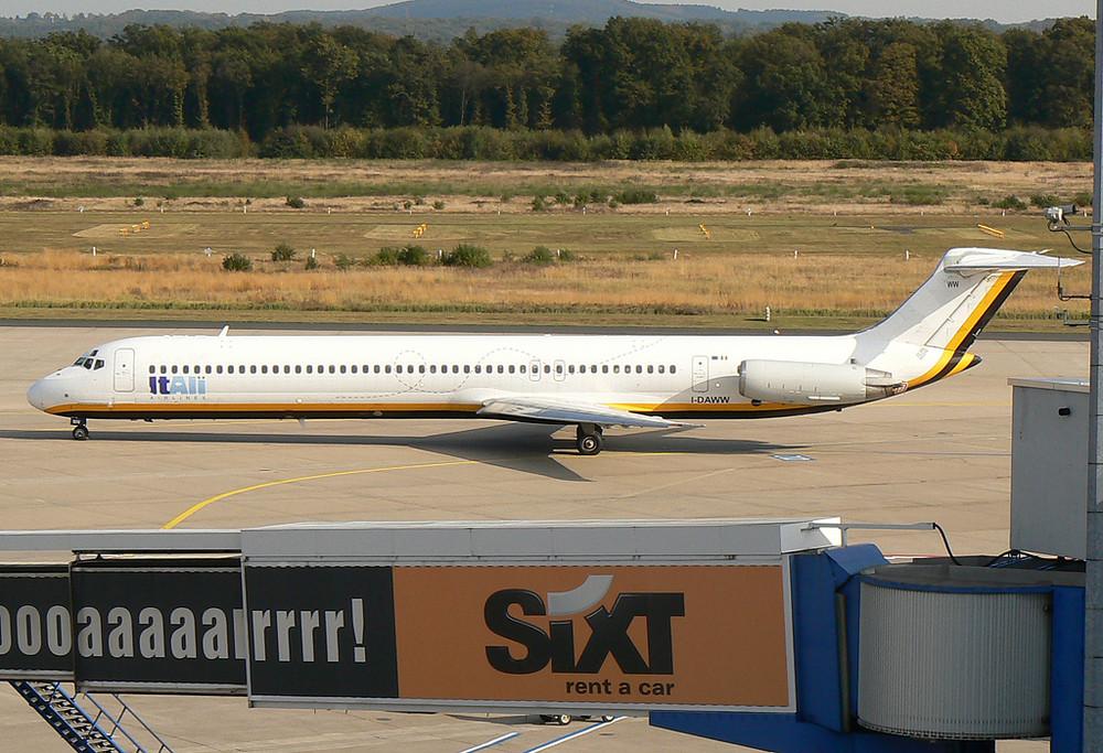 ItAli MD-82 I-DAWW