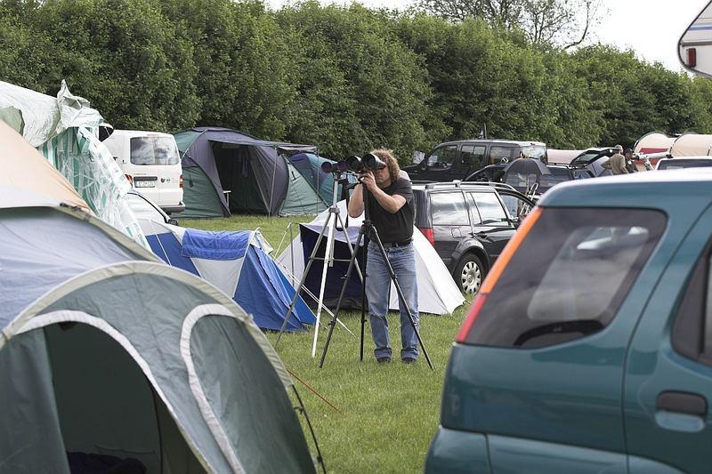 ITV 2 - Boah, was man hier auf dem Zeltplatz alles sehen kann - unglaublich!
