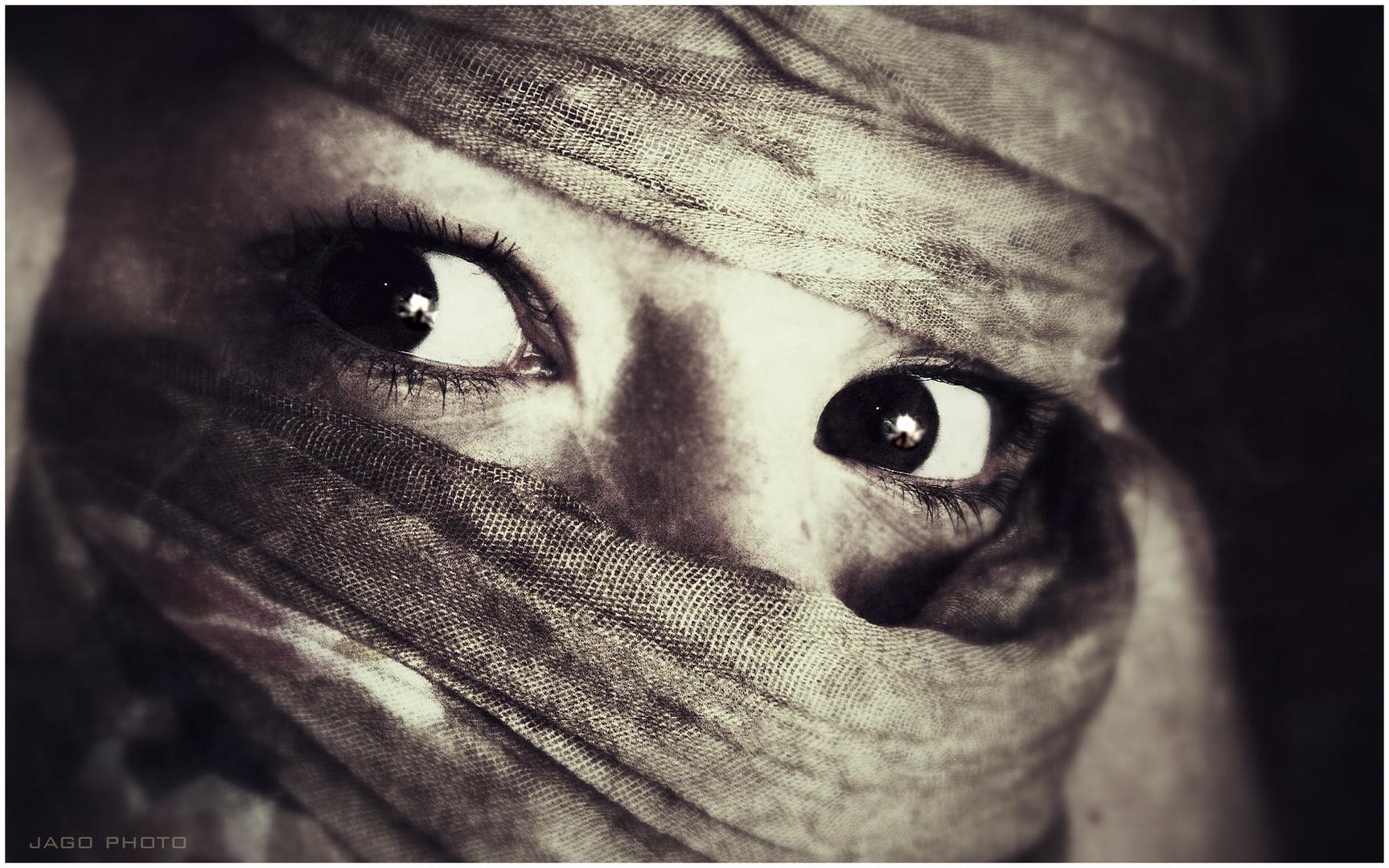 J! Eyes