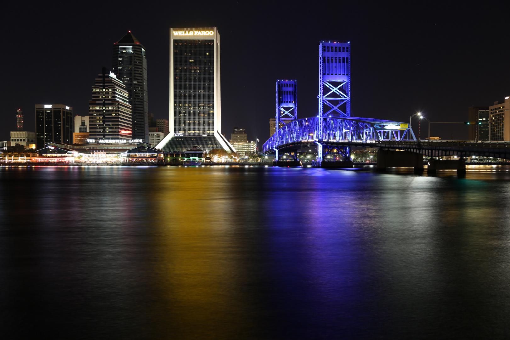 Jacksonville bei Nacht