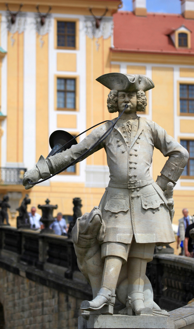 Jägerstatue mit Hund (Schloss Moritzburg)