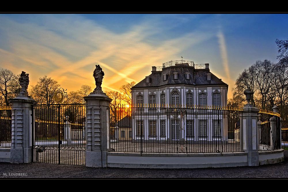 Jagdschloss Falkenlust II