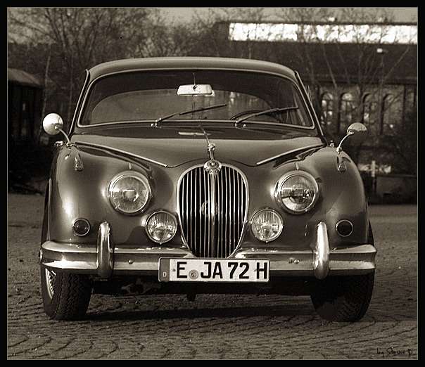 Jaguar-MK-II-2912-03