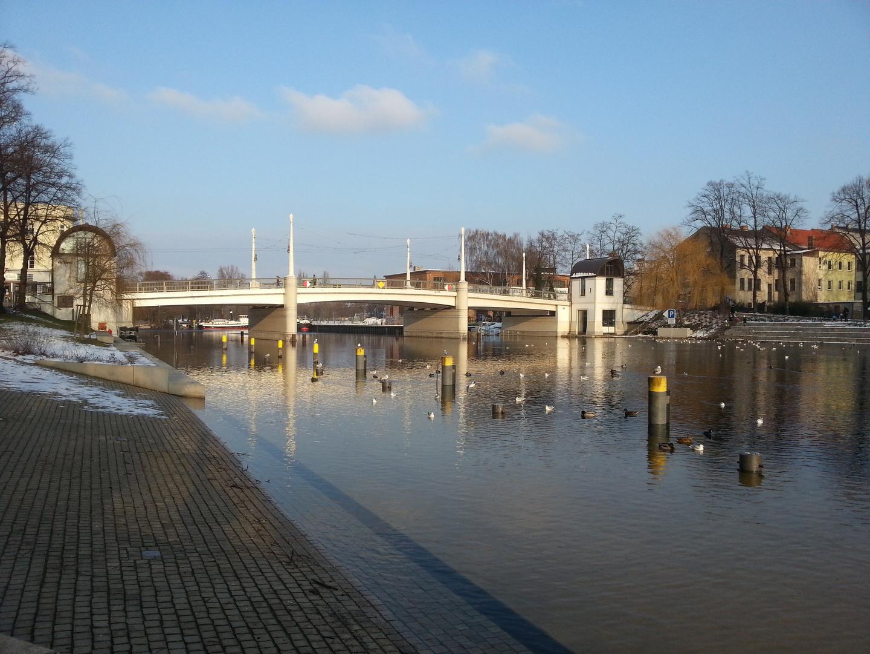 Jahrtausendbrücke im Winter