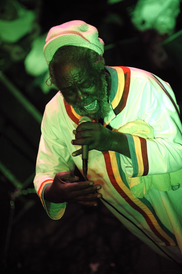 "Jamaica Papa Curvin live in der ""Fabrik"""