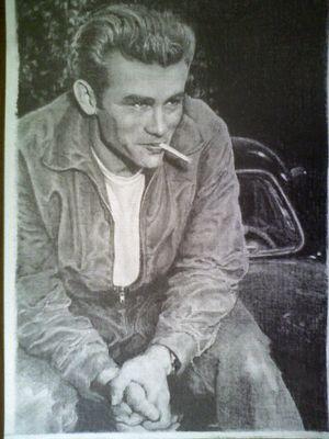 James Dean ritratto in bianco e nero a matita
