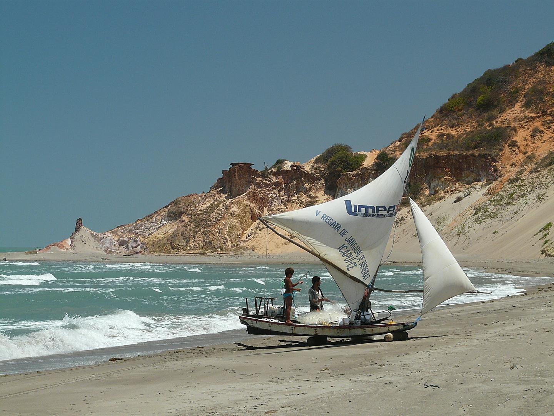 Jangada am Strand von Peroba