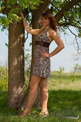 Janine_Outdoor_1
