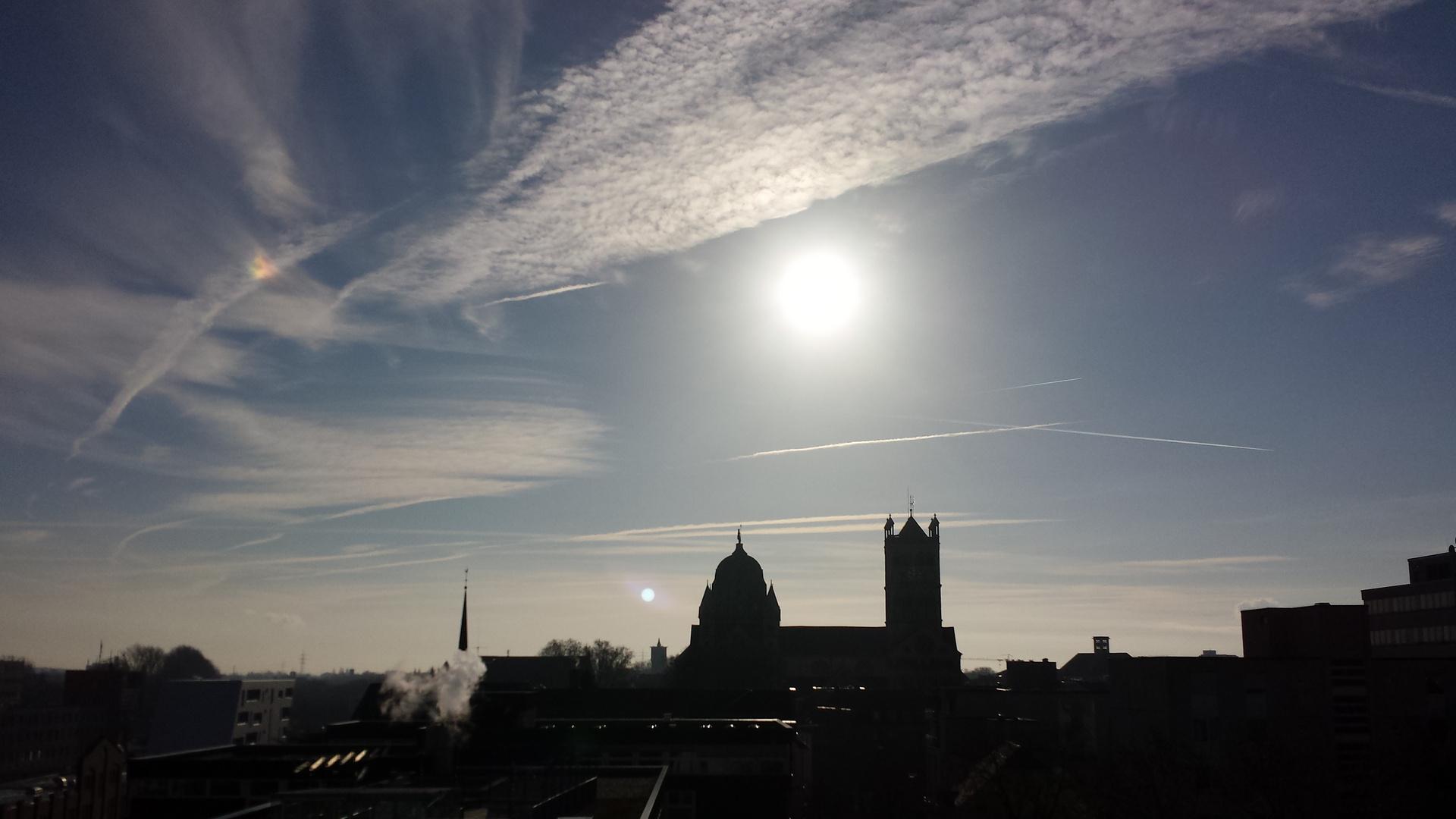 Januarsonne über Neuss / january sun over Neuss