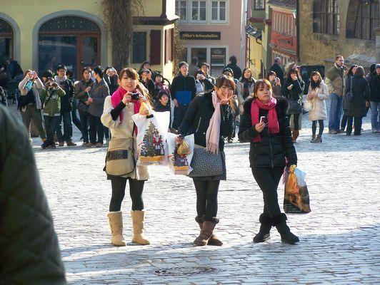 Japaner (kurz vor dem Erdbeben in Japan) in Rothenburg ob der Tauber