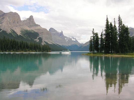 Jasper National Park. B.C.Maligne Lake.