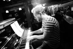 JAZZ Piano Heckeler inSW Stgt - - IMG_3740_inSW_D83