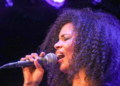 Jazz Stgt Linda Kyei voc
