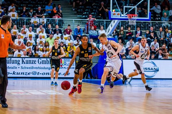 JBBL TOP4, Young Dragons Quakenbrück (U16) gegen Porsche Basketball Akademie Ludwigsburg (U16) 1/3