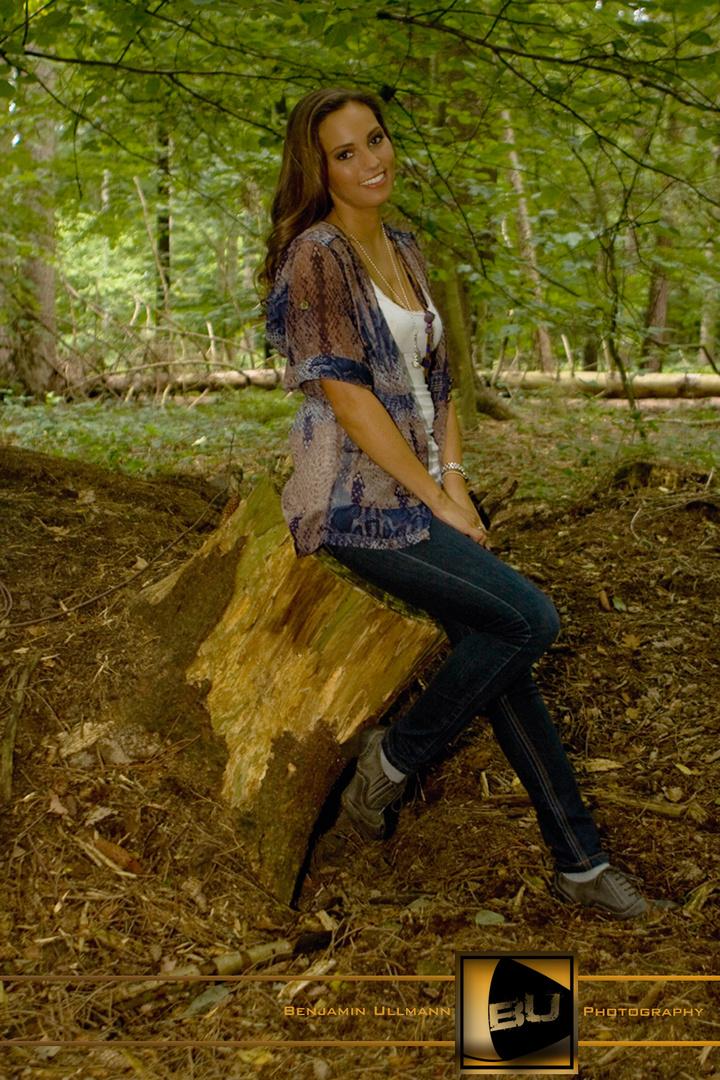 Jeannique im Wald