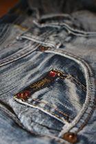 """Jeans ist einfach """"Herrlicher"""""""