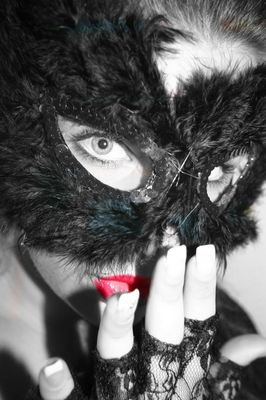 Jeder trägt eine Maske
