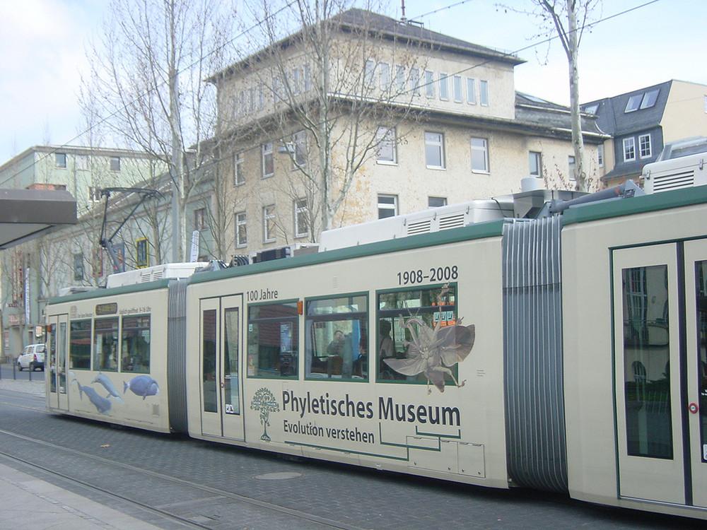 Jenaer Bahn- 100 Jahre Phyletisches Museum