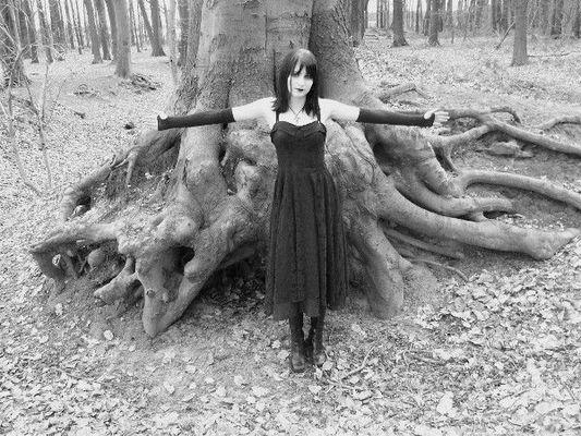 Jenny Thema Gothic