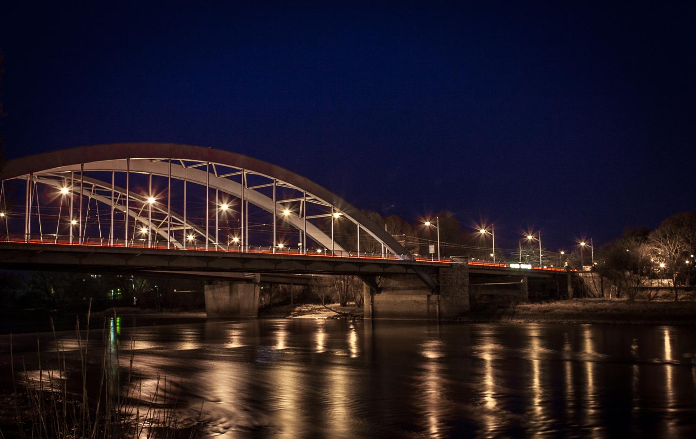Jerusalembrücke bei Nacht